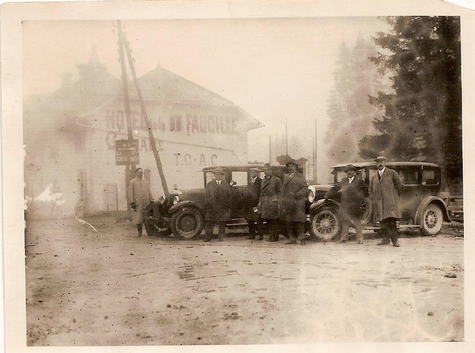 col de la faucille 1928 Panhard Levassor limousine SS 3l E. Memponte